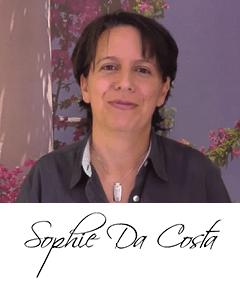 Sophie-Da-Costa con firma